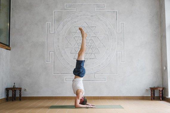Хатха йога, студия йоги Virgou в Омске